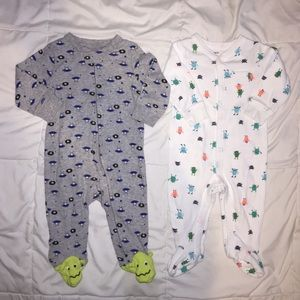 Carter's 6 Month Footed Pajama • Set Of 2 •